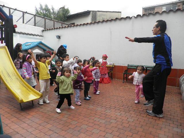 Semana Cultural 2012 037